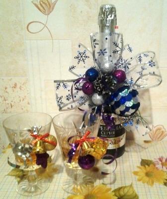 съемное украшение на шампанское на новый год