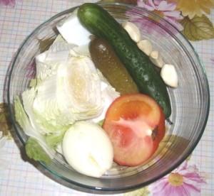 витаминный салат из капусты фото