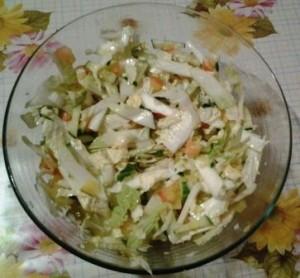 витаминный салат из капусты фото 2