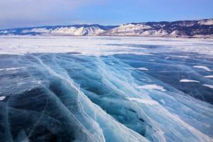 замерзшее озеро байкал 3